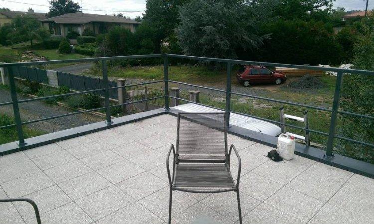 Garde-corps pour terrasse extérieur aluminium à Issoire